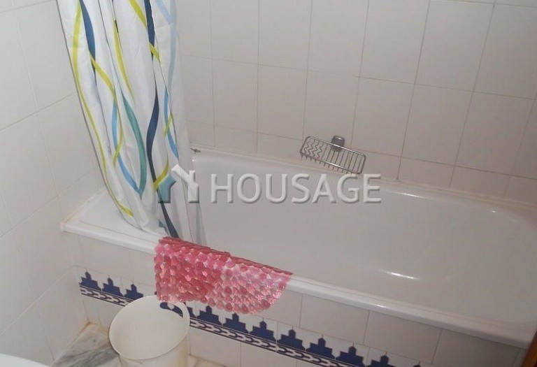 Flat for sale in Adeje, Spain - photo 9