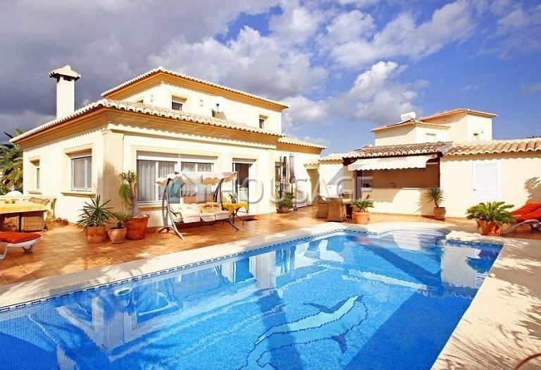 4 bed villa for sale in Calpe, Calpe, Spain, 260 m² - photo 1
