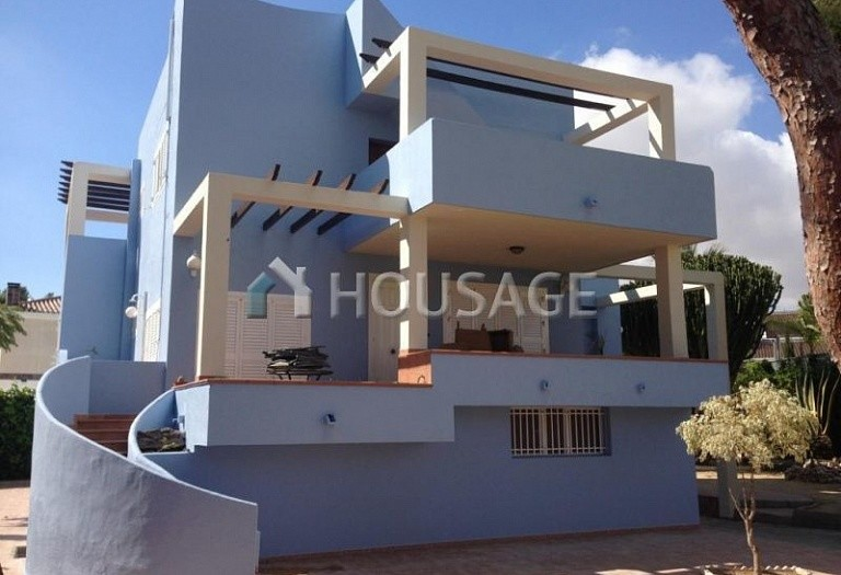 5 bed villa for sale in Orihuela Costa, Spain, 350 m² - photo 2