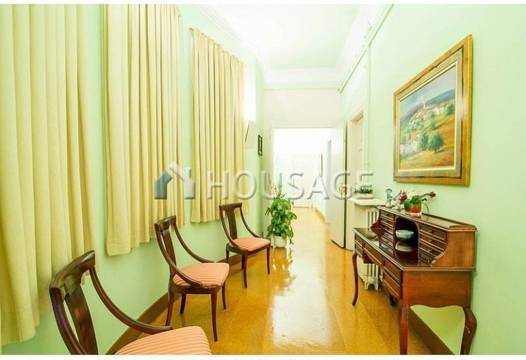 10 bed flat for sale in Barcelona, Spain, 425 m² - photo 19