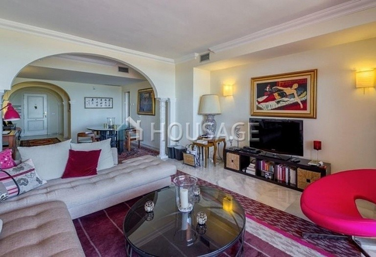 Apartment for sale in Nueva Andalucia, Marbella, Spain, 160 m² - photo 8