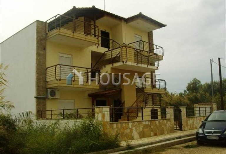 2 bed flat for sale in Nea Plagia, Kassandra, Greece, 86 m² - photo 1