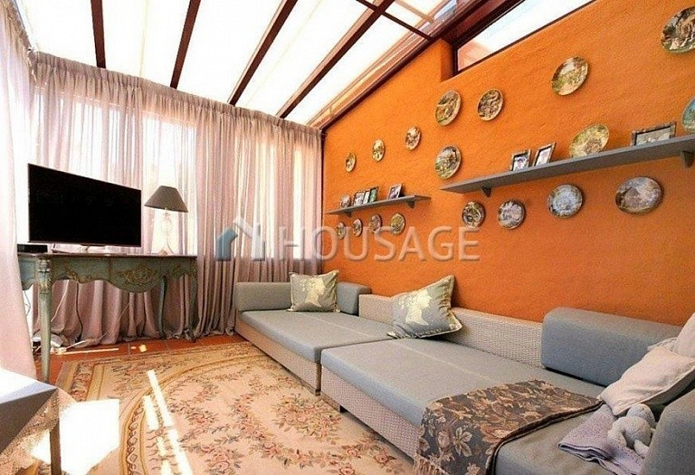 Flat for sale in Puerto Banus, Marbella, Spain, 162 m² - photo 2