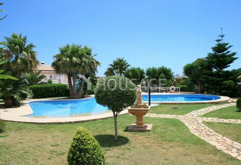 2 bed a house for sale in Calpe, Spain, 121 m² - photo 10
