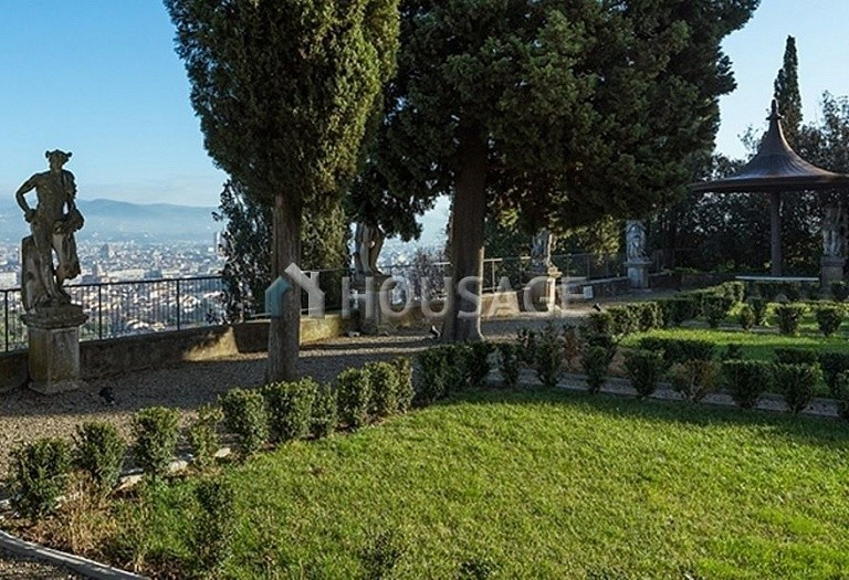 Villa for sale in Florence, Italy, 2347 m² - photo 21