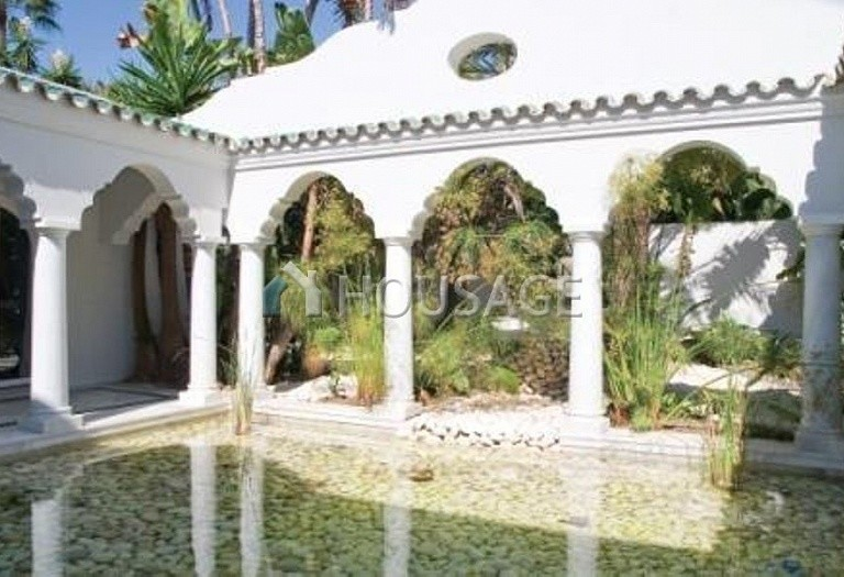 Villa for sale in Guadalmina Baja, San Pedro de Alcantara, Spain, 1278 m² - photo 13
