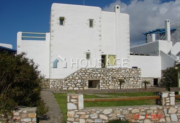 4 bed villa for sale in Naousa, Paros, Greece, 226 m² - photo 2
