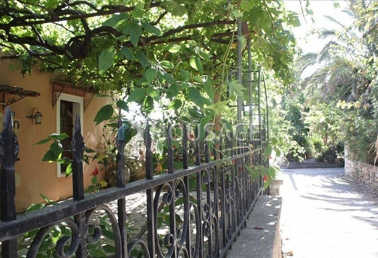 3 bed a house for sale in Chania, Greece, 100 m² - photo 1