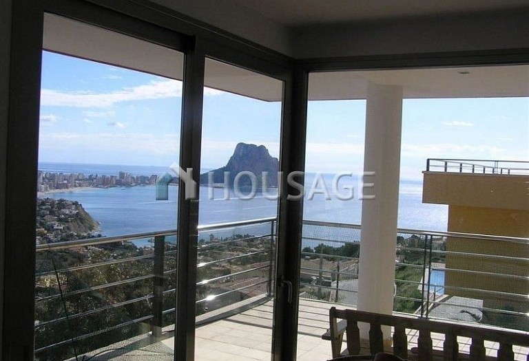 3 bed villa for sale in Calpe, Calpe, Spain - photo 1