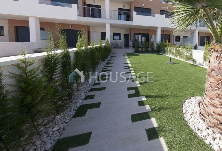 2 bed a house for sale in Orihuela Costa, Spain, 68 m² - photo 2
