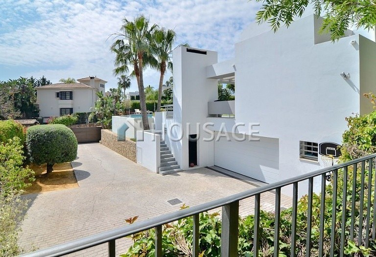 Villa for sale in Nueva Andalucia, Marbella, Spain, 401 m² - photo 7