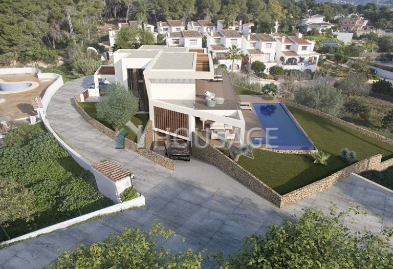 5 bed villa for sale in Moraira, Spain, 567 m² - photo 3