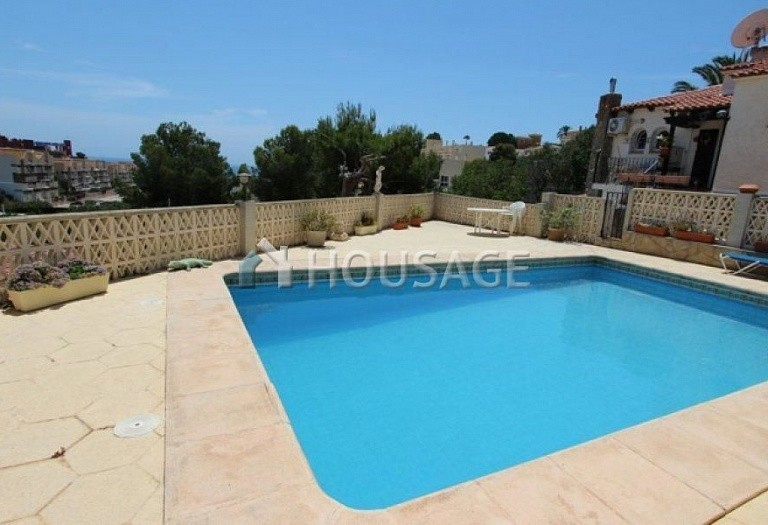 3 bed villa for sale in Calpe, Calpe, Spain, 182 m² - photo 2