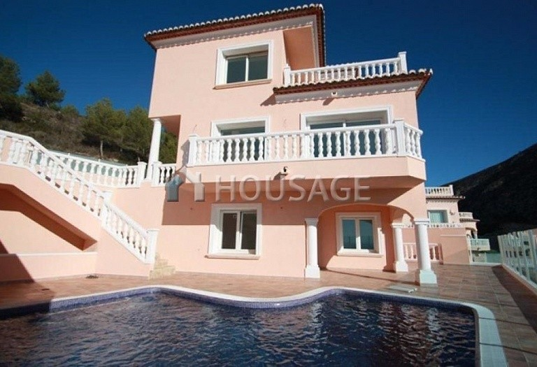 3 bed villa for sale in Moraira, Moraira, Spain, 160 m² - photo 1