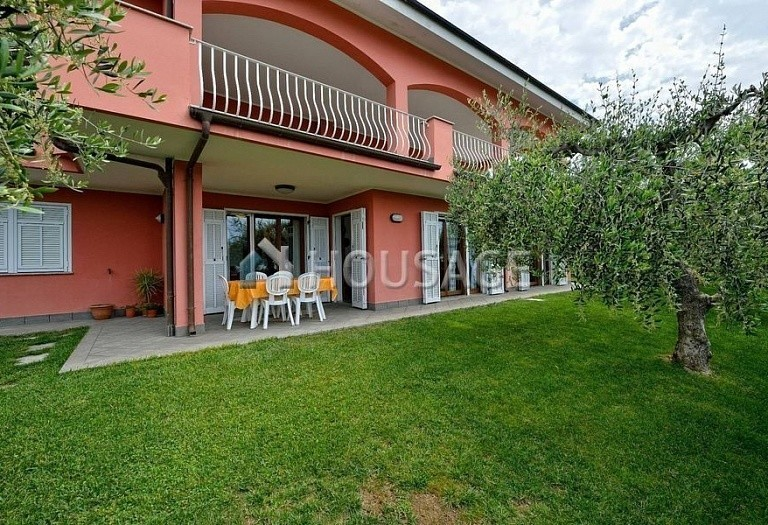 6 bed villa for sale in Diano Marina, Italy, 350 m² - photo 18