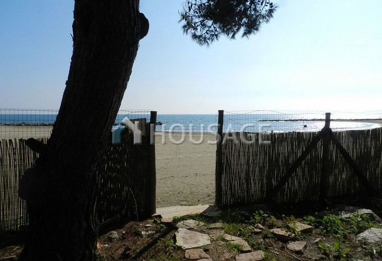 6 bed villa for sale in San Felice Circeo, Italy, 400 m² - photo 1