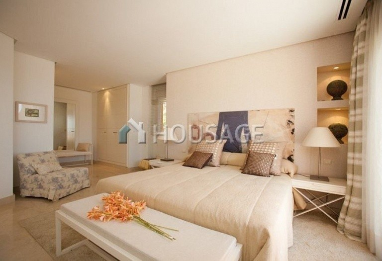 Flat for sale in Nueva Andalucia, Marbella, Spain, 223 m² - photo 10