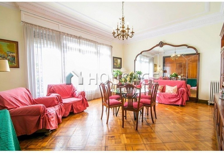 10 bed flat for sale in Barcelona, Spain, 425 m² - photo 22