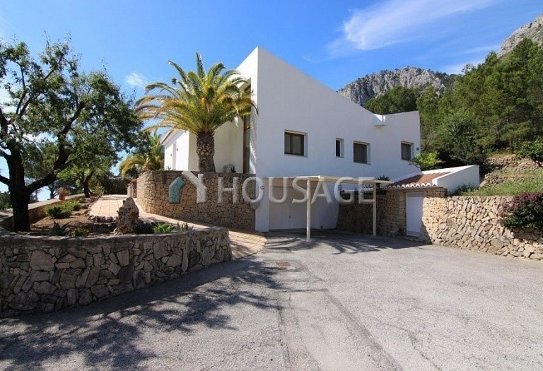 4 bed house for sale in Benisa, Spain, 236 m² - photo 2