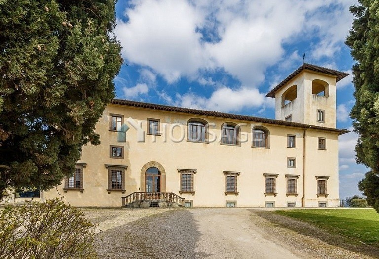 9 bed villa for sale in Florence, Italy, 2800 m² - photo 46