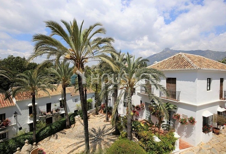 Townhouse for sale in Marbella Golden Mile, Marbella, Spain, 90 m² - photo 8
