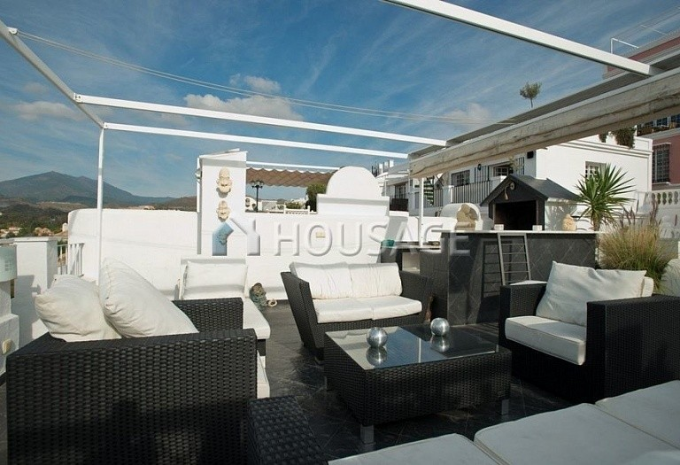 Townhouse for sale in Nueva Andalucia, Marbella, Spain, 200 m² - photo 13