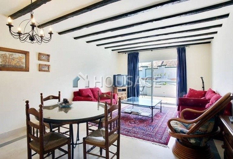 Flat for sale in New Golden Mile, Estepona, Spain, 196 m² - photo 3