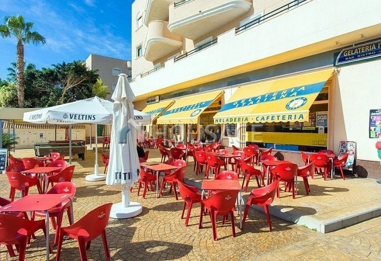 1 bed apartment for sale in Orihuela Costa, Spain - photo 1