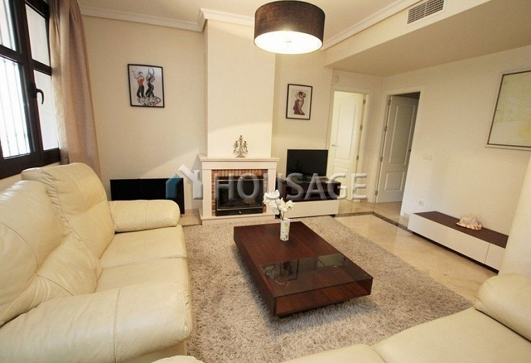 Apartment for sale in Puerto Banus, Marbella, Spain, 151 m² - photo 5