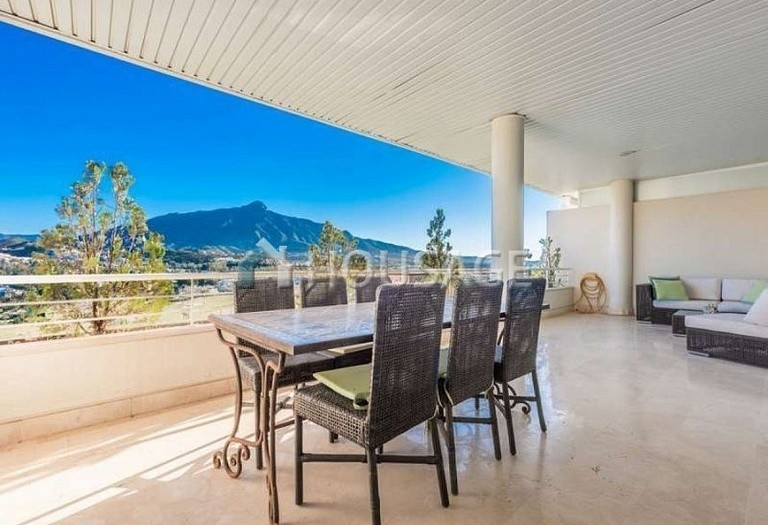 Apartment for sale in Nueva Andalucia, Marbella, Spain, 127 m² - photo 8