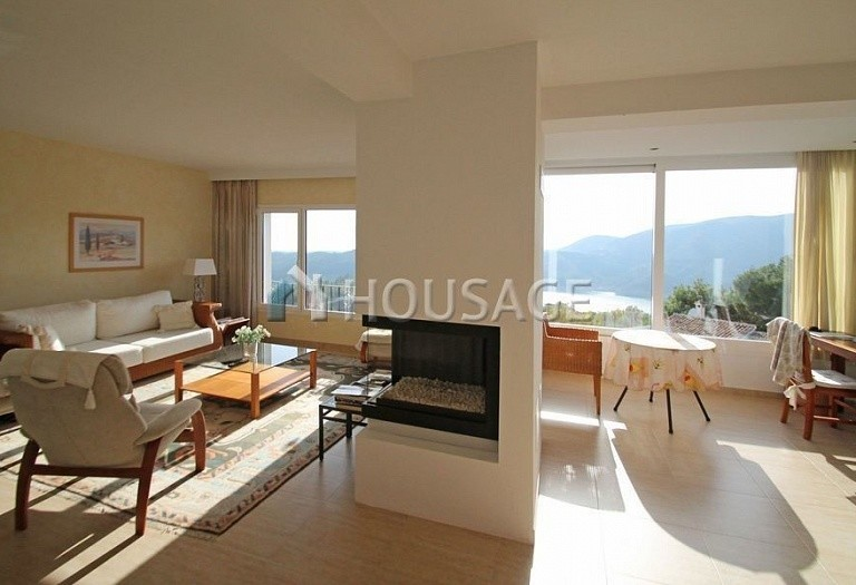 Villa for sale in Istan Road, Istán, Spain, 260 m² - photo 6