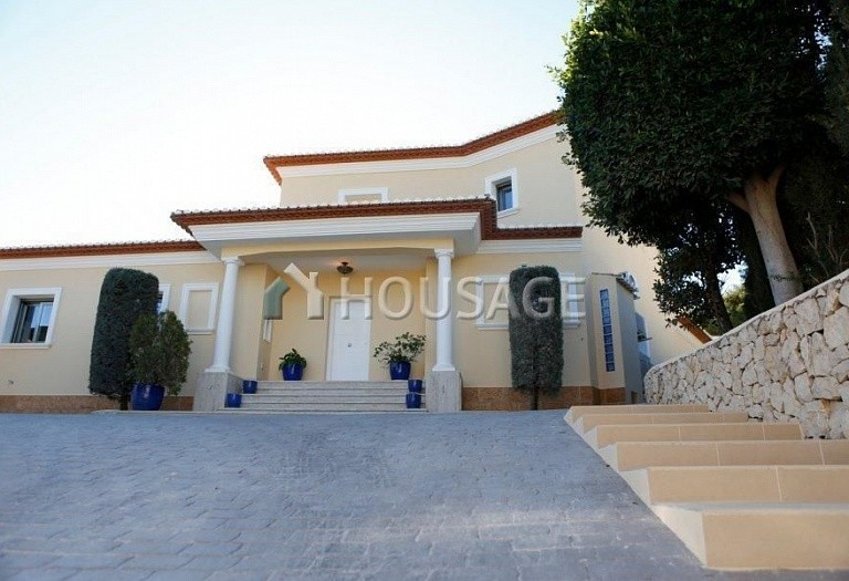4 bed villa for sale in Benisa, Benisa, Spain, 490 m² - photo 2