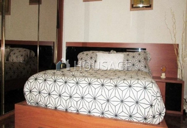 4 bed flat for sale in Hospitalet, Spain, 97 m² - photo 11