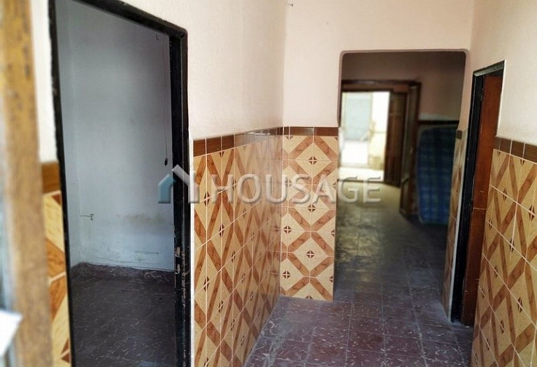 A house for sale in La Pobla de Vallbona, Spain, 85 m² - photo 1