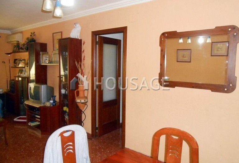 3 bed flat for sale in Paterna, Spain, 82 m² - photo 4
