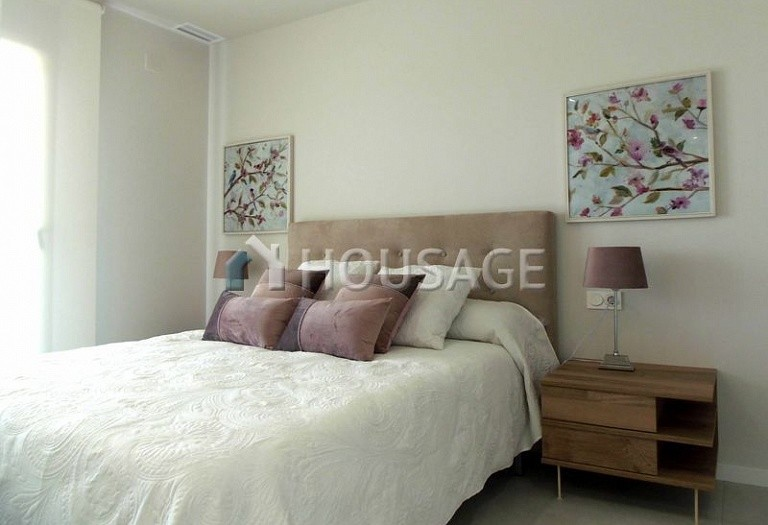 2 bed flat for sale in Pilar de la Horadada, Spain, 80.52 m² - photo 6