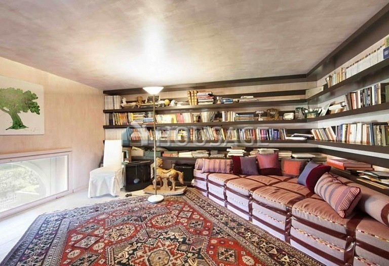 3 bed flat for sale in Rome, Italy, 550 m² - photo 35