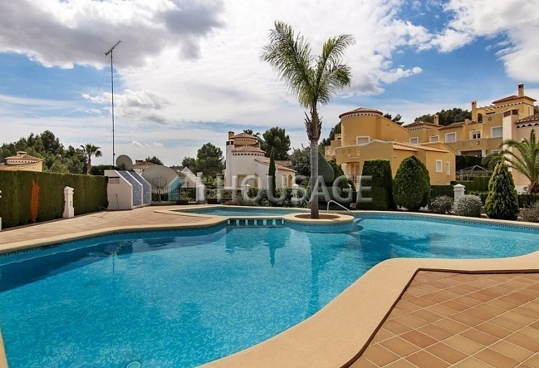 3 bed villa for sale in Pedreguer, Spain, 150 m² - photo 2