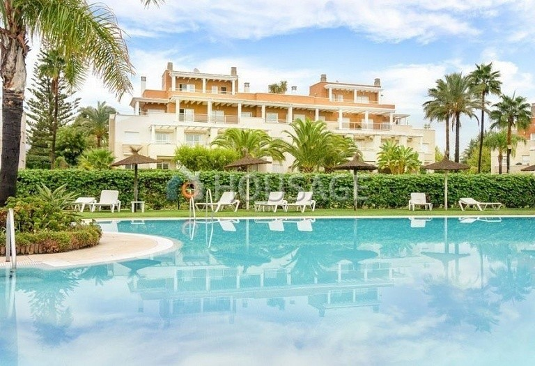 Flat for sale in Estepona, Spain, 156 m² - photo 1