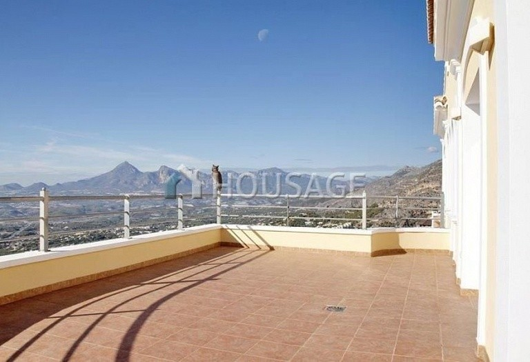 4 bed villa for sale in Altea, Altea, Spain - photo 8