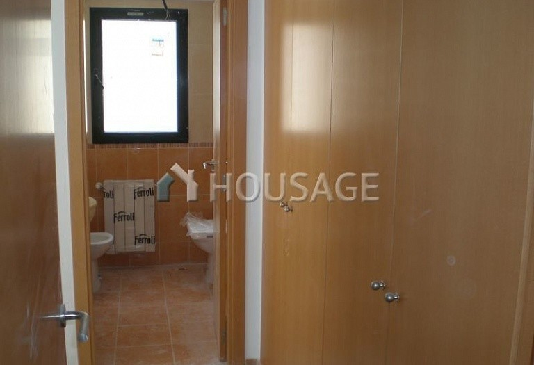 3 bed flat for sale in Alcoy, Spain, 98 m² - photo 14