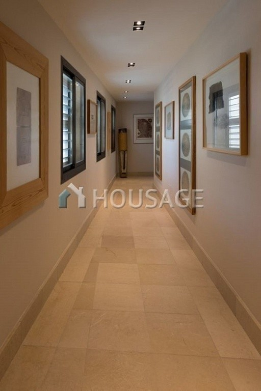 Flat for sale in Marbella, Spain, 661 m² - photo 17
