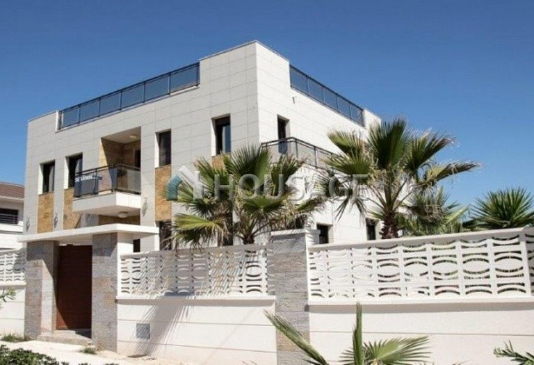 3 bed villa for sale in Torrevieja, Spain - photo 4