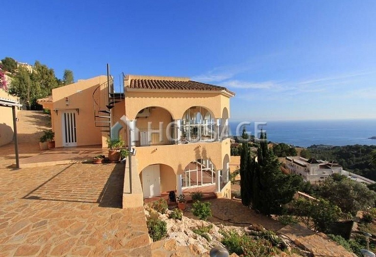4 bed villa for sale in Altea, Altea, Spain, 349 m² - photo 2