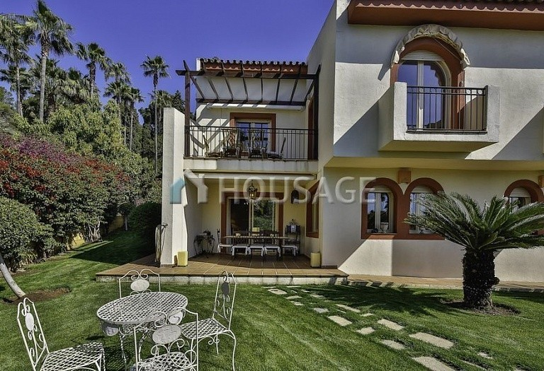 Townhouse for sale in Marbella Golden Mile, Marbella, Spain, 196 m² - photo 1