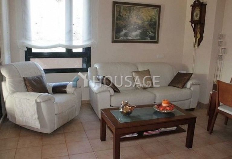 2 bed flat for sale in Fenals, Lloret de Mar, Spain, 80 m² - photo 4