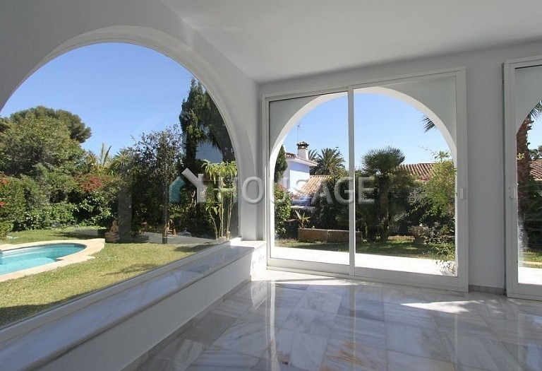Villa for sale in Los Monteros, Marbella, Spain, 494 m² - photo 3