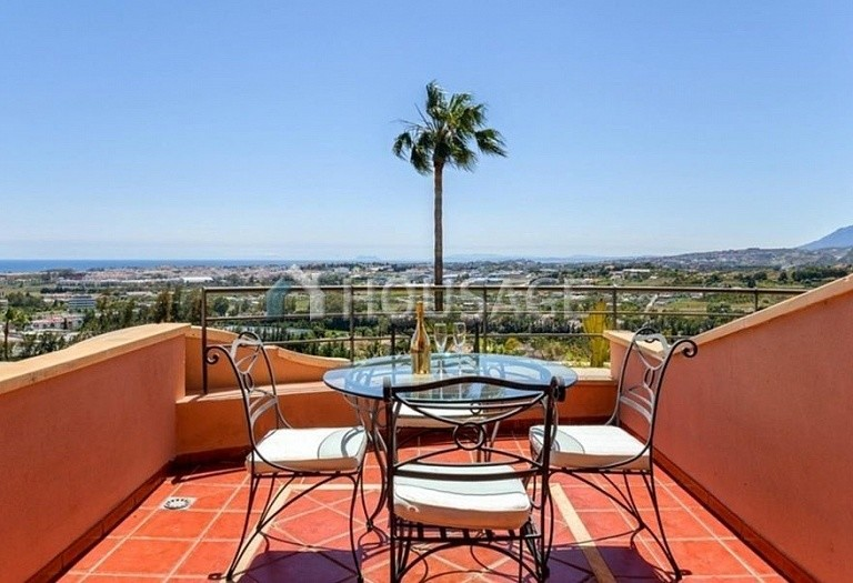 Apartment for sale in Nueva Andalucia, Marbella, Spain, 160 m² - photo 5