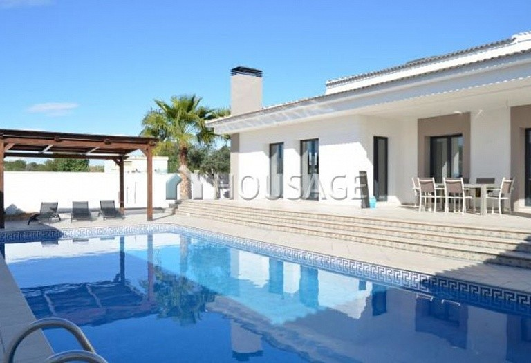 4 bed villa for sale in Orihuela Costa, Spain, 210 m² - photo 1