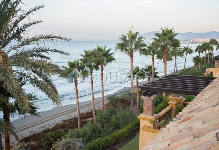 Flat for sale in Rio Real, Marbella, Spain, 282 m² - photo 12